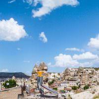 backpacking-cappadocia-turkey-flintstones-meets-mario-world_