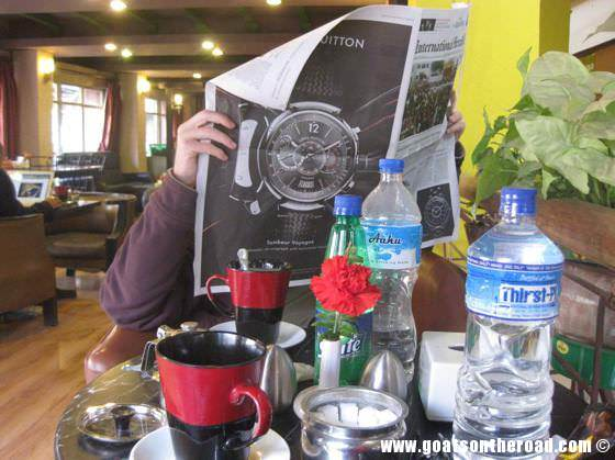 budget backpacker, travel pokhara nepal, coffee