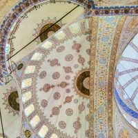 istanbul-big-bus-ride-to-the-blue-mosque-baths-beers-on-bridges_