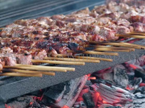 lamb skewers greece