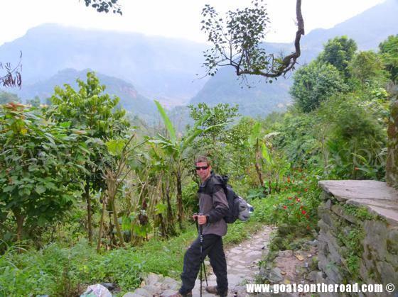 trekking annapurna circuit, budget backpacking