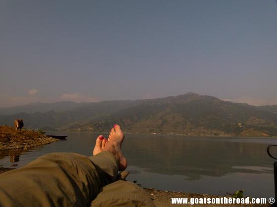 budget backpacker, travel pokhara nepal lake