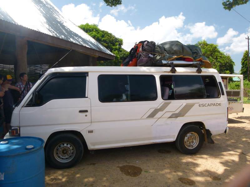 minivan from El Nido to Puerto Princesa