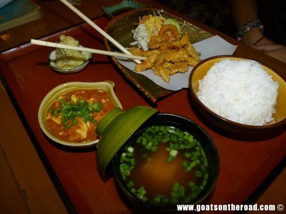 where to eat, yangon myanmar, backpacker budget