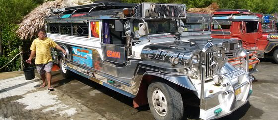 Budget Backpackers transport in the philippines, a jeepney