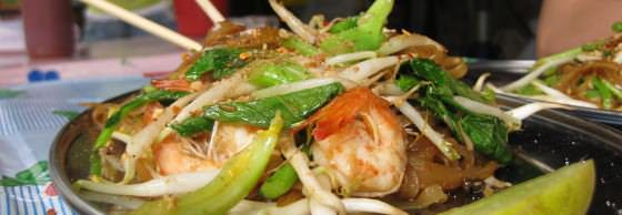 Backpacking Thailand food Delicious Pad Thai