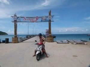 cost of travelling in se asia rent a motorbike in thailand