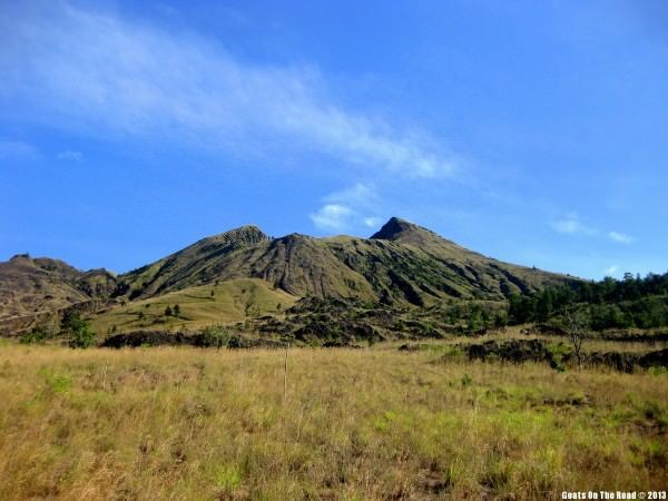 hiking volcano indonesia