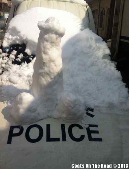 Snowmen Of Yangzhou