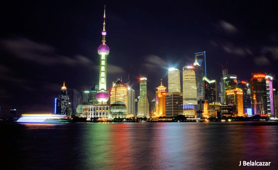 walk the bund in shanghai