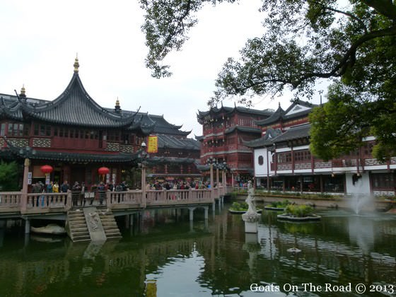 things to do in shanghai, Laocheng (Old Town) Huang Miao Area.