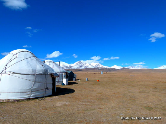 yurt stay lake song kol