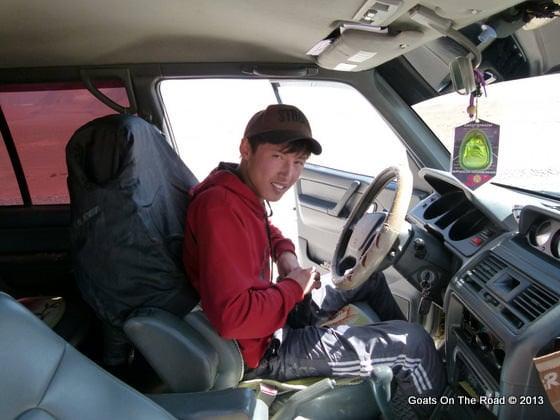pamir highway driver