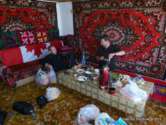 homestay in kara kul