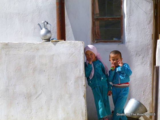 kids in the pamir
