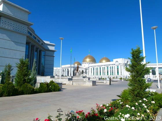 marble buildings in ashgabat