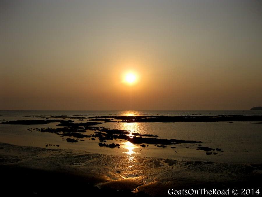 mumbai india sunset