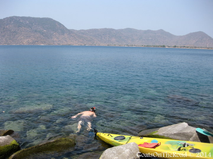 snorkeling and kayaking malawi