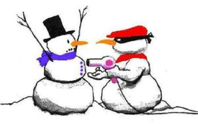 http://www.craigboyce.com/w/2012/12/85-funny-snowmen-and-snow-art/