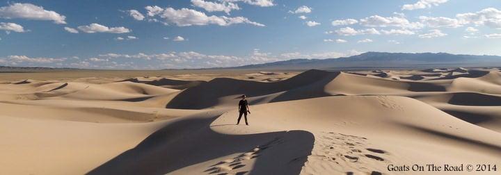 Khongoryn Els, Gobi Desert - Mongolia Backpacker