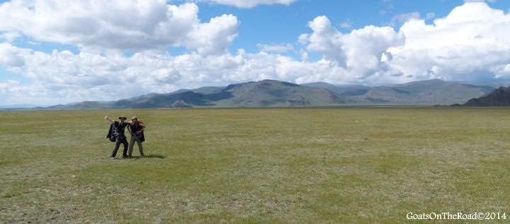 trekking to tariat mongolia