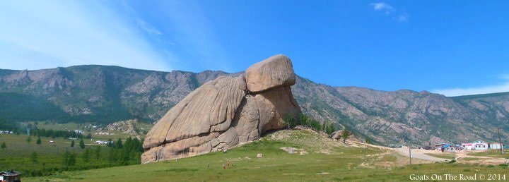 traveling mongolia and trekking Terelj National Park