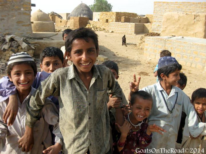 muslim kids desert india