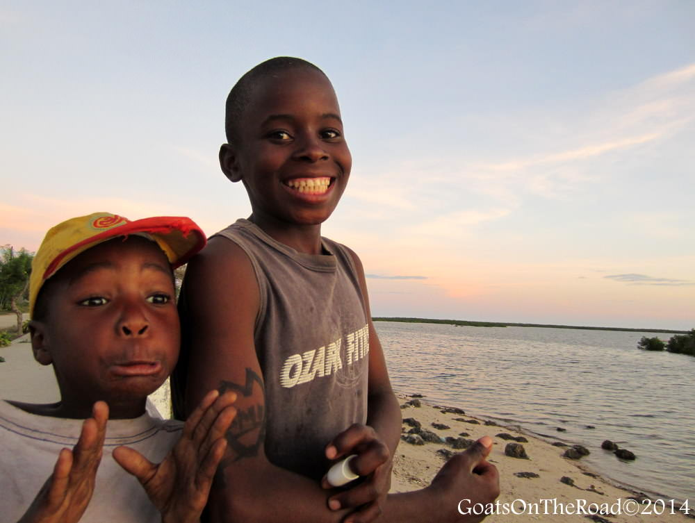 kids in mozambique