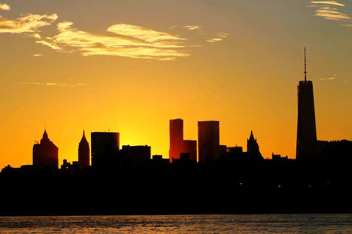 a sunset of the city poem analysis