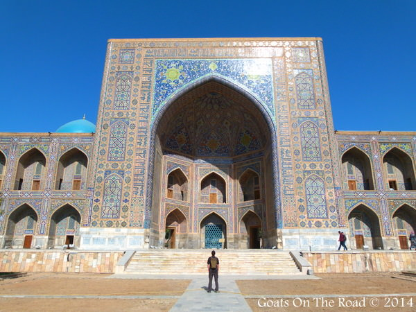 Nick Looks at mosque Samarkand