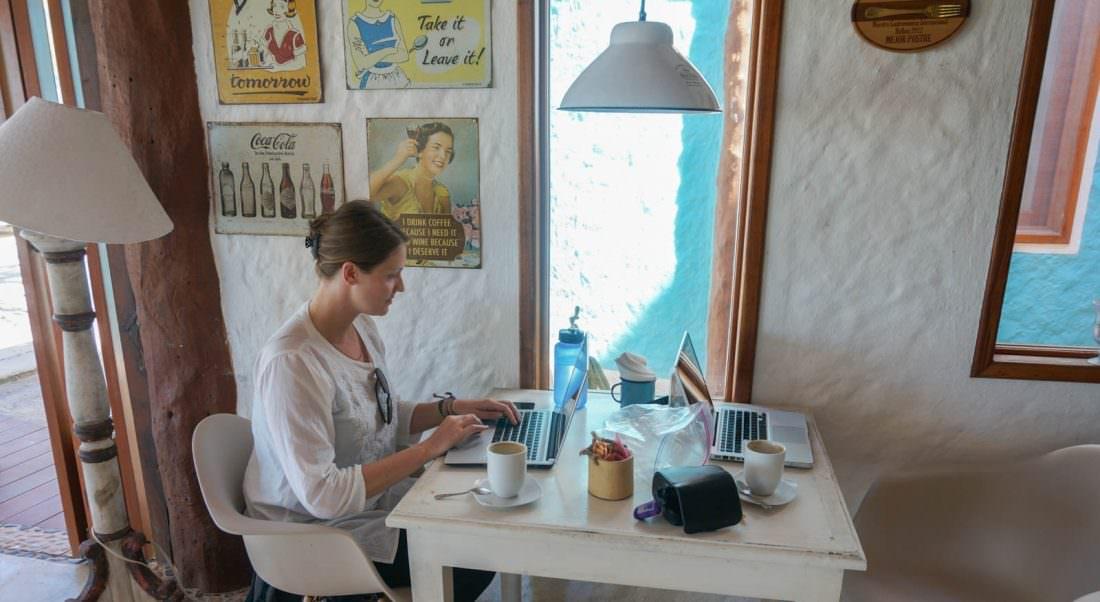 make money online by completing surveys