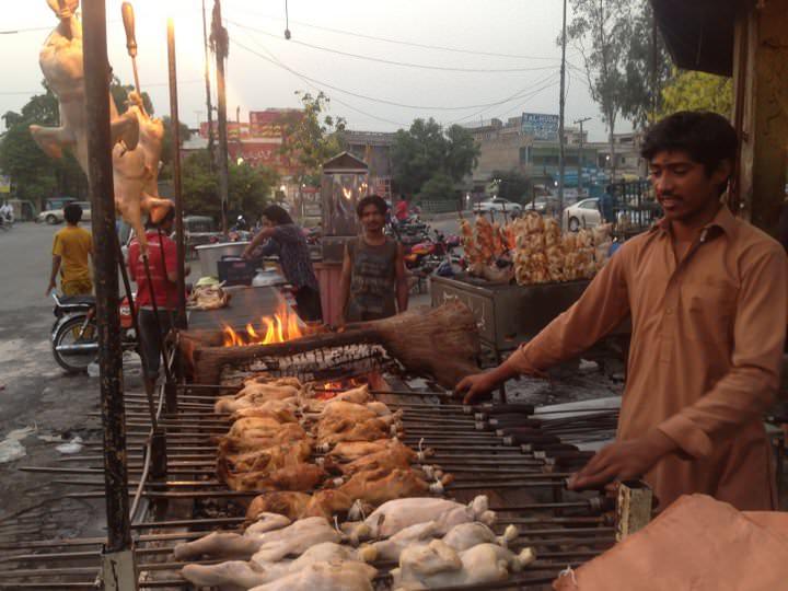 must try food pakistan