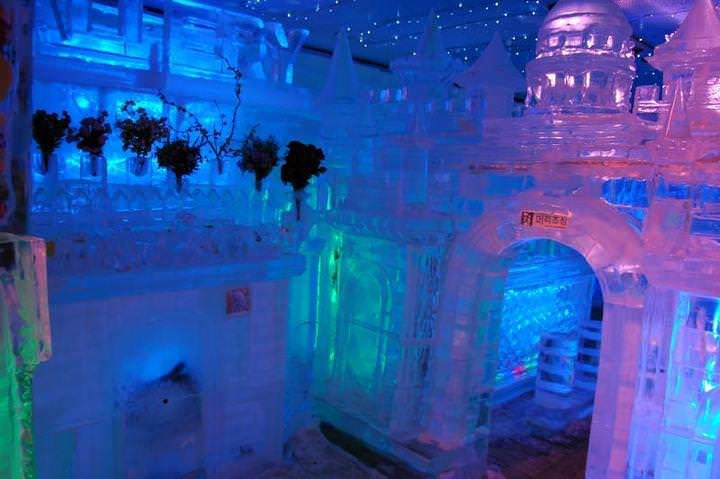 Ice Gallery-001