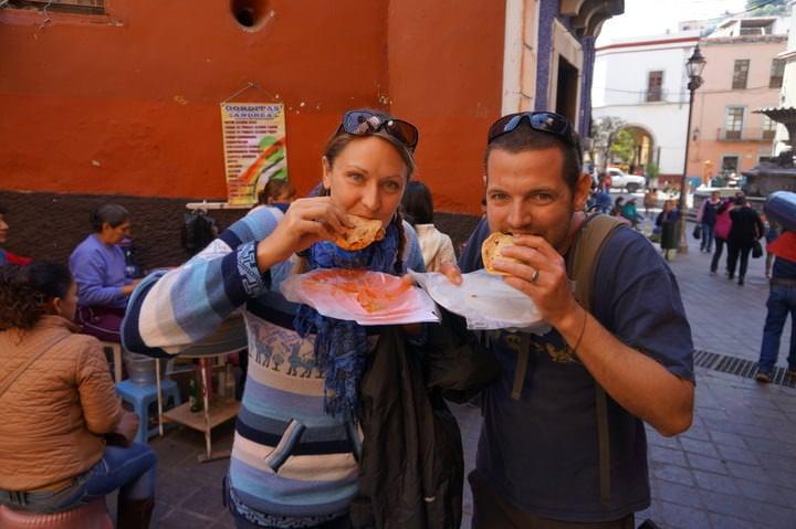 eating gorditas in guanajuato