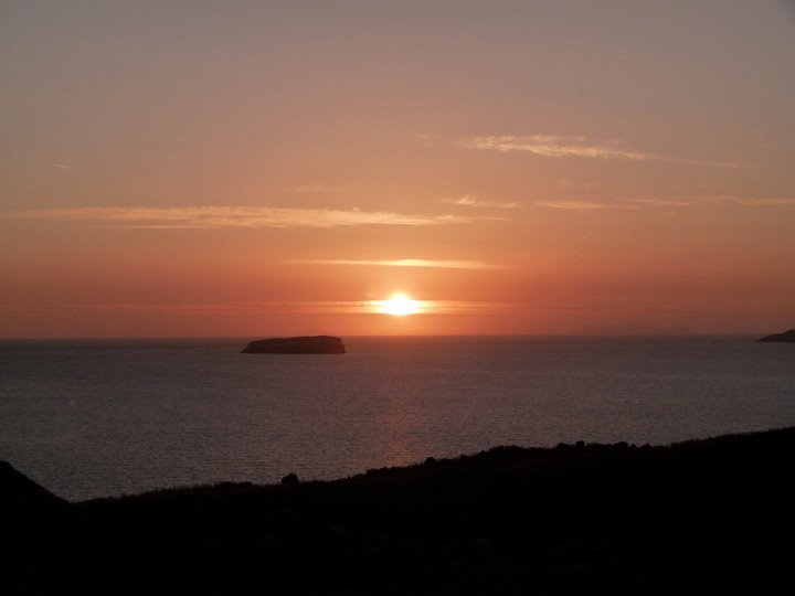 sunset oia greece