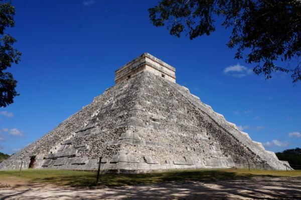 travel mexico chichen itza