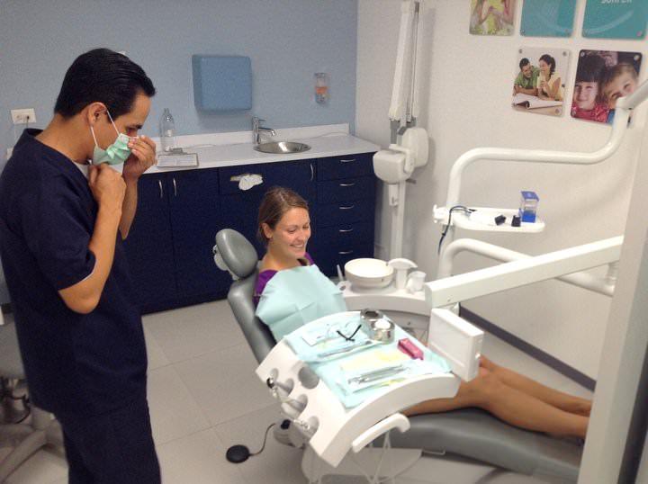 dentalia cancun dentist