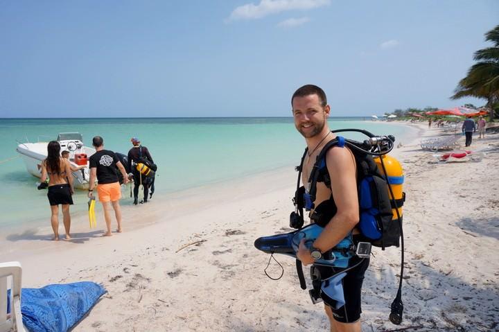 Nick Diving Cayo Jutias