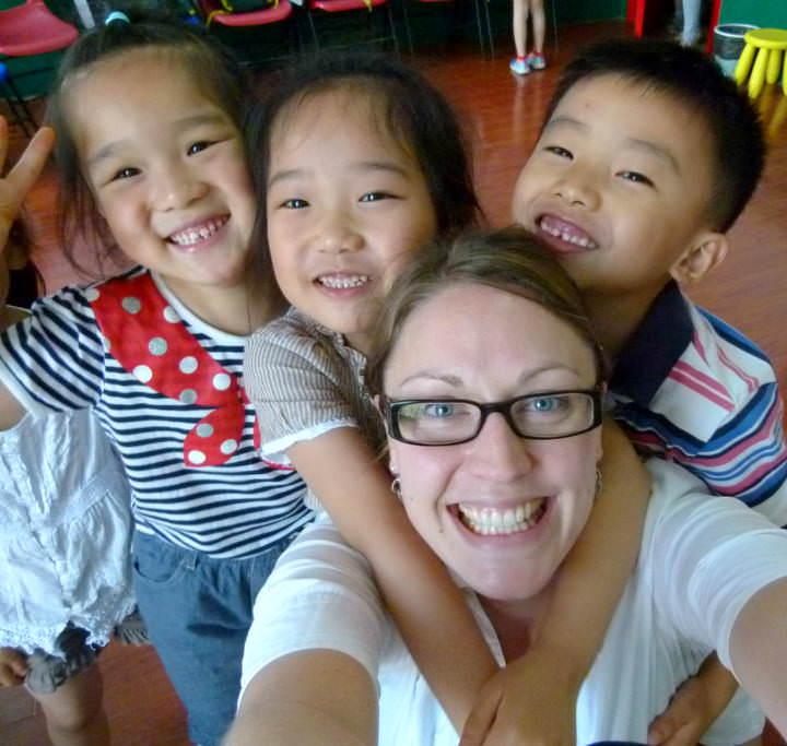 make money teaching english in china