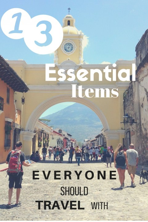 13 Essential Items That Everyone Should Travel With (1)