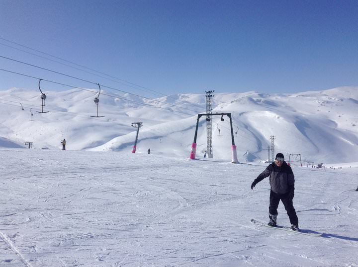 snowboarding in mavrovo macedonia