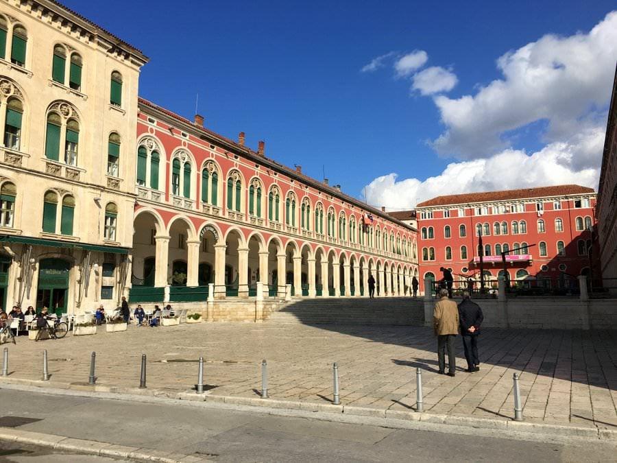 what to do in split croatia republic square