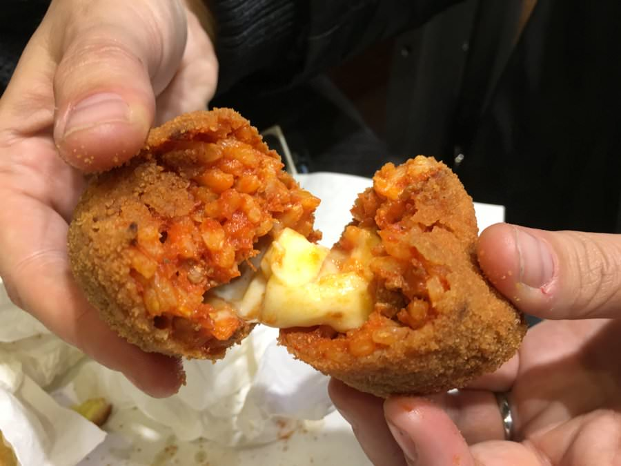 what to eat in rome italy suppli