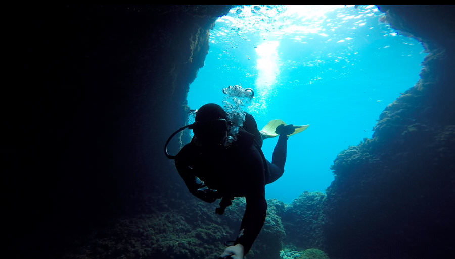living in malta scuba diving the blue hole
