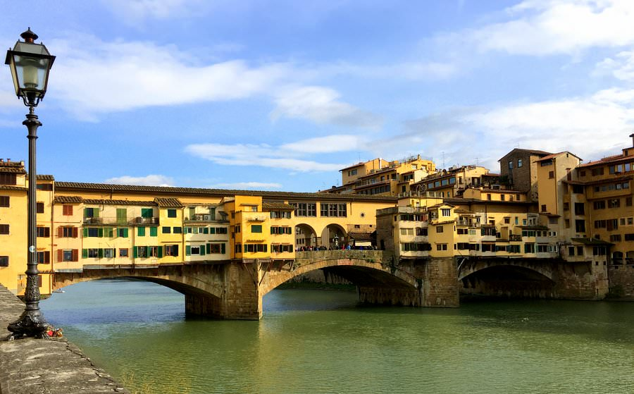 travel to italy florence bridge