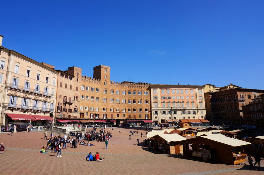 travel to italy the city of siena in tuscany