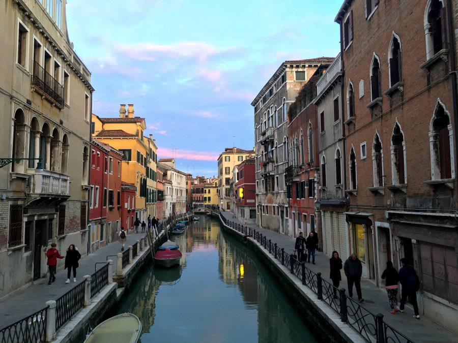 travel to venice italy canal