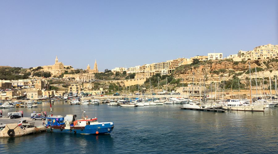 travelling from malta to gozo by ferry