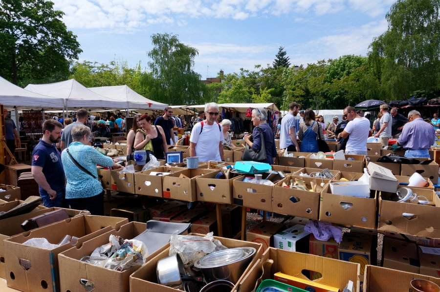 The Sunday flea market in Plenzlauer Berg