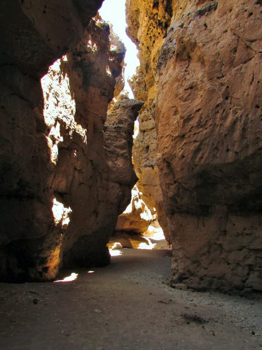 travel to namibia canyon